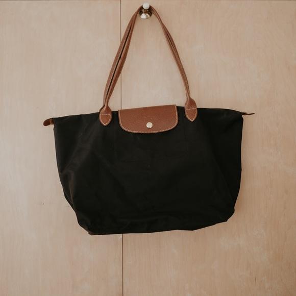 Longchamp Handbags - Longchamp Le Pliage Tote Bag Large in Black b42bc2b5213cd